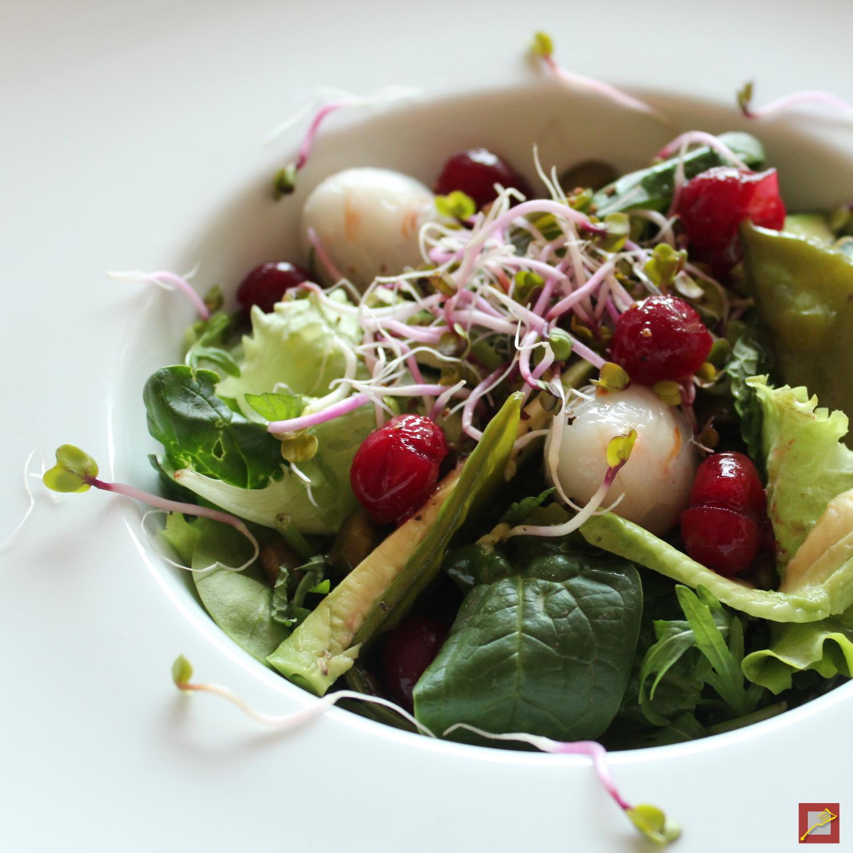 was verbindet spanx mit gr nem salat die detox reihe im chef s handyman food blog geht weiter. Black Bedroom Furniture Sets. Home Design Ideas