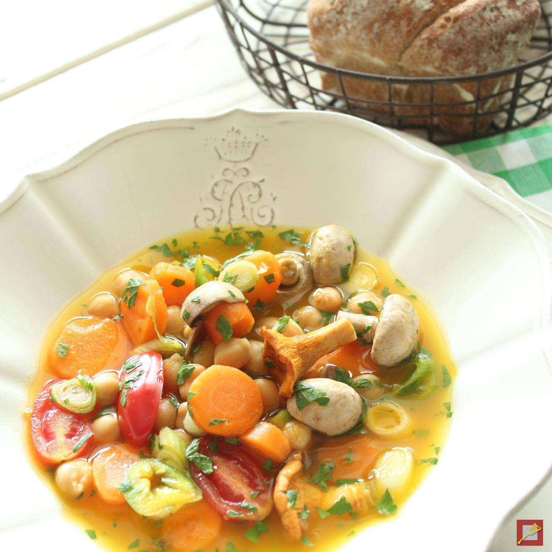 herzhafte suppe mit pilzen und gem se das herbst rezept im chef s handyman food blog chef 39 s. Black Bedroom Furniture Sets. Home Design Ideas